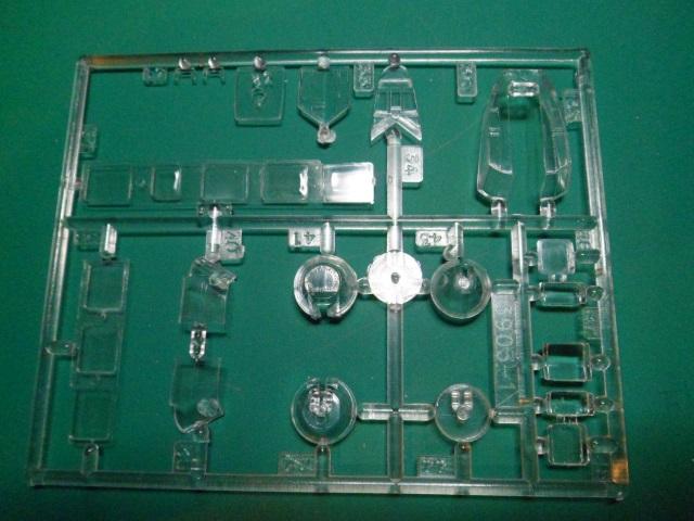 Ouvre-boîte Amiot 143 [Smer 1/72] 14911877228_e303068925_o