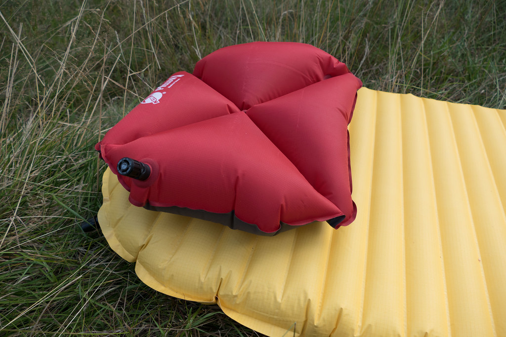 Therm-A-Rest NeoAir XLite & Klymit X Pillow