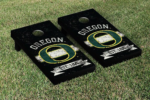 Oregon Ducks Cornhole Game Set Banner Vintage Version