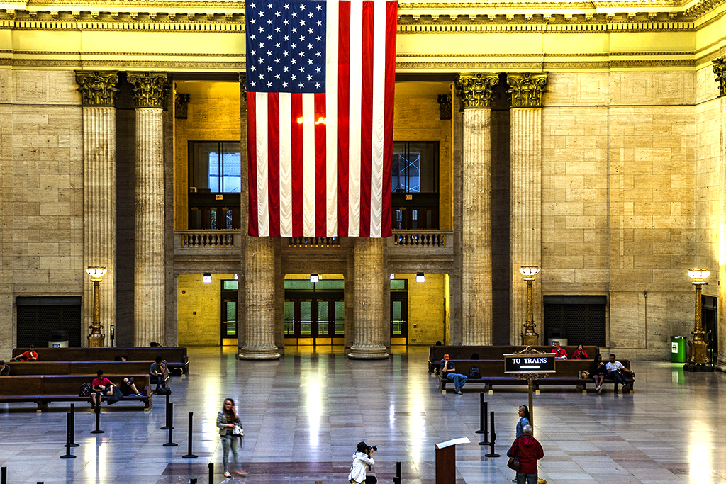 Union-Station's-concourse-with-large-flag-in-7-14--Chicago