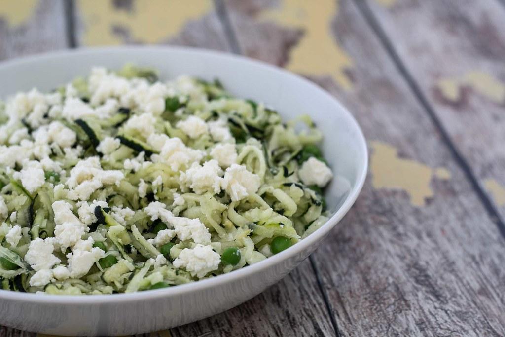 Squashsalat med feta og ærter (4)