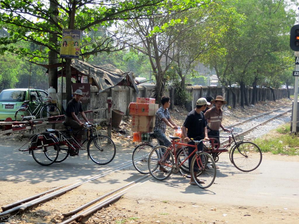 Bangkok ja Yangon 741