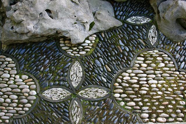 7_mosaic_rocks