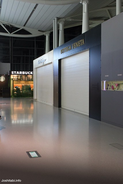 深夜の関西国際空港
