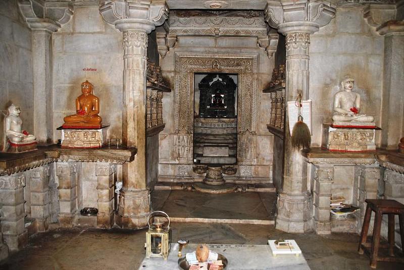 192 templos cercanos a Natwara (39)