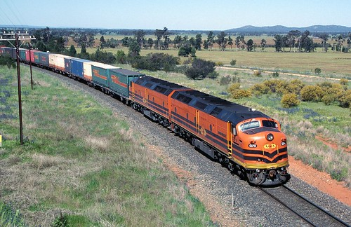 CLP8 and CLP17, on 6SA4, Ootha, Orange To Broken Hill Line, NSW, 29th September, 2001