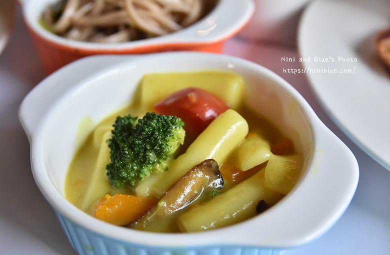 30324066382 deb23445e6 b - 【熱血採訪】陶然左岸,嚴選當季鮮蔬、台灣小農生產,推廣健康飲食觀念,是蔬食但非全素吃到飽餐廳