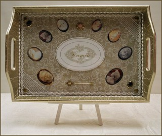 Cameo Tray With Swirl Background