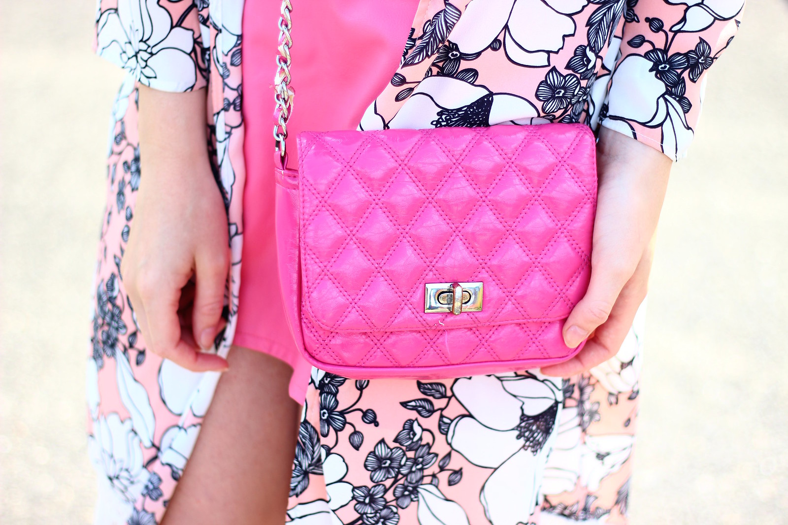 5pinkfloydtee, band tee pink skirt outfit, style, boho