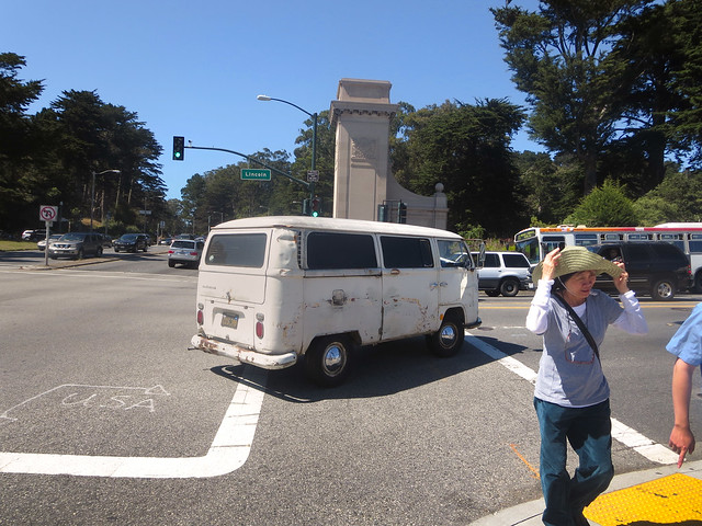 old van on Lincoln Way, San Francisco (2014)