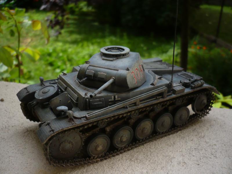 Pz.kpfw.II Ausf.F Kit N°6263 - DRAGON - 1/35 14886314683_09c6aed046_c