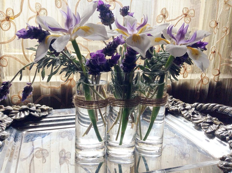 DIY On a budget simple flower vase