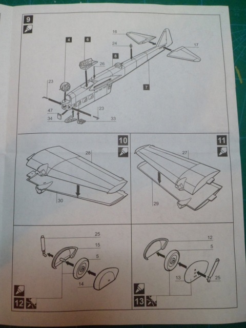 Ouvre-boîte Amiot 143 [Smer 1/72] 15098083172_52039bba18_o