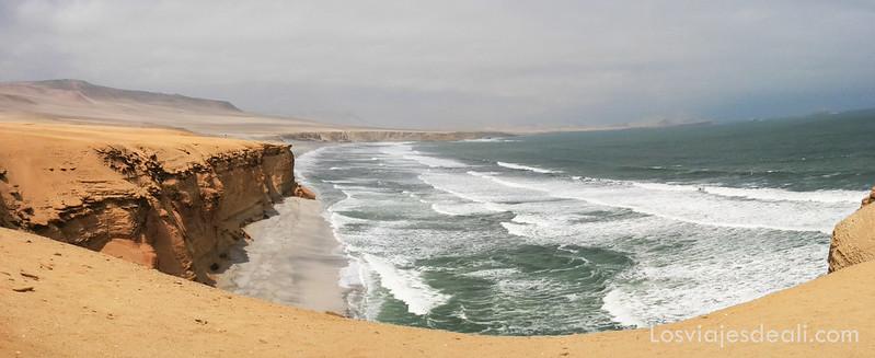Playa Pucay (Paracas)
