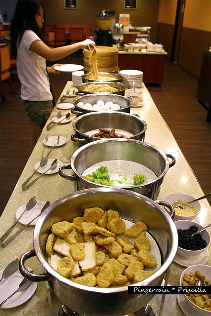 Main buffet line