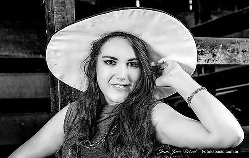 #Rebidio. #Foto #modelo #model #fashion #moda #blancoynegro . Modelo : Fiorella Fernández.