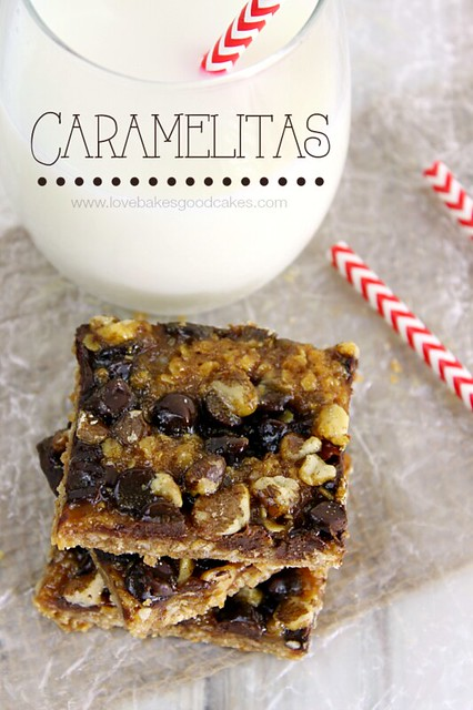 Caramelitas - Ooey gooey caramel paired with chocolate and an oatmeal crust. Totally addicting! #bars #dessert #sweets
