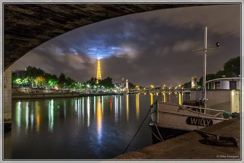 75 - Paris - la Tour Eiffel