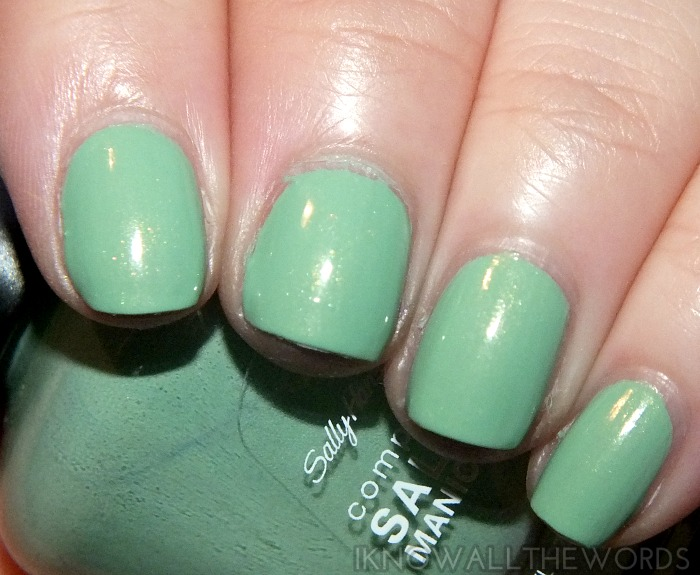 sally hansen complete salon manicure pastels on point- pique side (1)