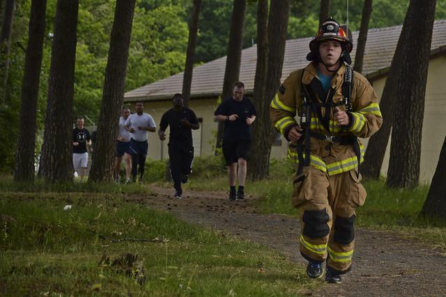 Sabers jog for Joe during memorial 5K