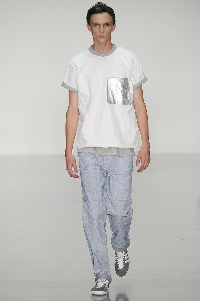 SS15 London Richard Nicoll001_Richard Detwiler III(VOGUE)