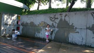 小朋友畫牆2