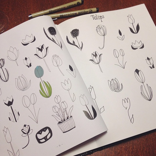 '20 ways to draw tulips and 44 other flowers' by @lisacongdon arrived in the mail, so tonight I have been line drawing tulips in my sketchbook. (I can't bring myself to draw IN the book like you are supposed to!) #makemarksdaily #linedrawing #20waystodraw