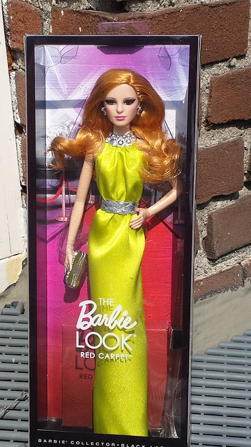 2013 The Barbie Look Red Carpet Yellow Gown Louboutin BDH26 (2)