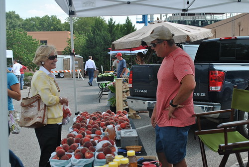 On August 5, USDA Rural Development State Director Patty Clark visited the Lawrence Farmers Market in recognition of National Farmers Market Week.