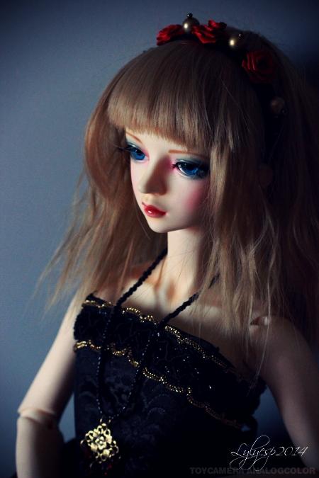 Just a Doll ? * glitter * ( 02/04/2020 ) 14692857660_3e3f0a5418_o