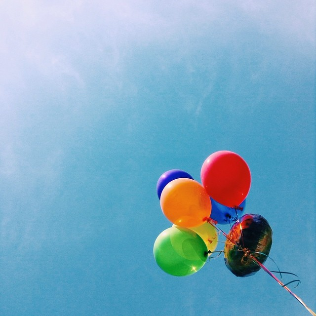 float #vscocam #latergram #balloons #summer #sky
