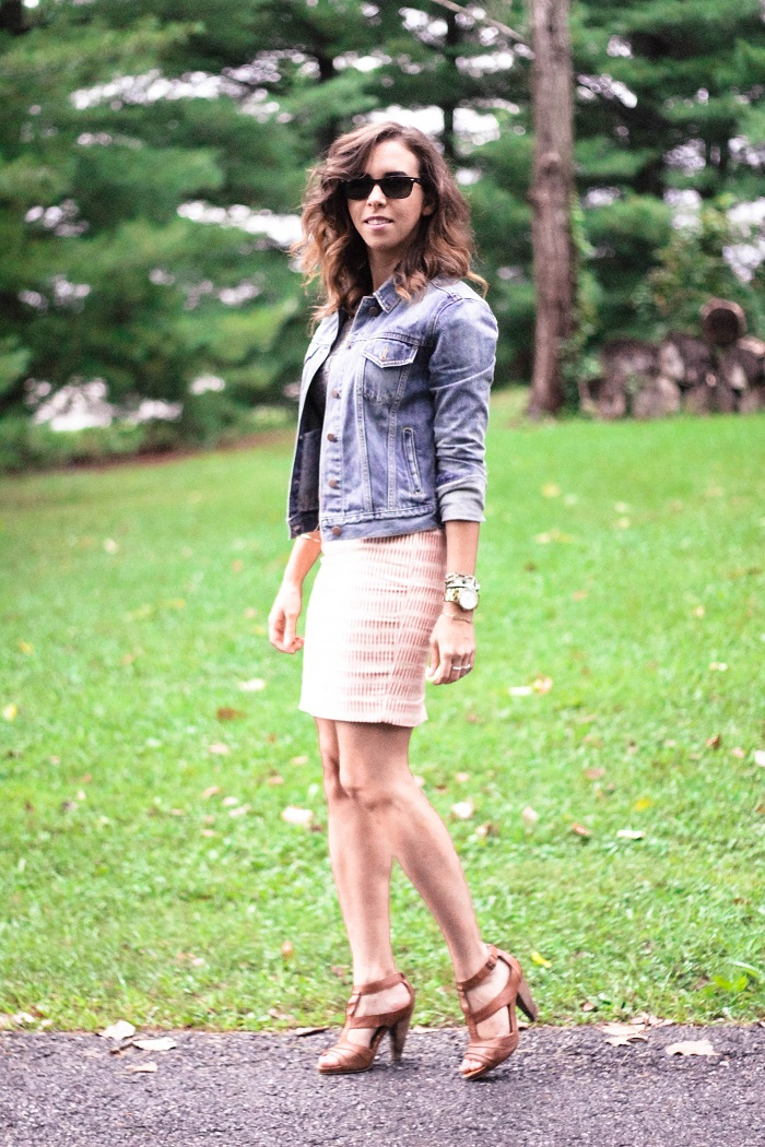 denim jacket. pencil skirt. graphic tee. casual outfit. dc style fashion blog. 5