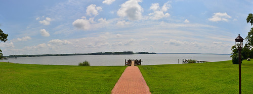 real estate waterfront views plantation williamsburg riverfront mansion jamesriver chickahominy
