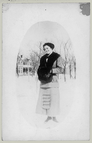 RPPC oval portrait of a woman