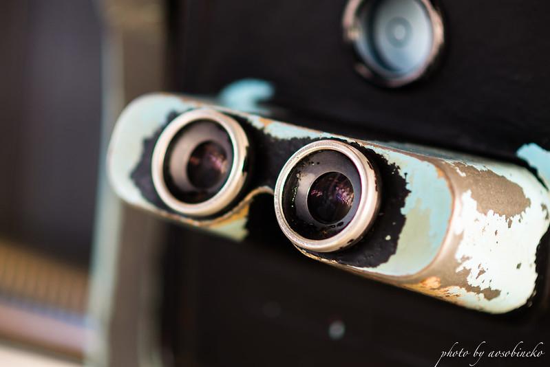 ペリスコープ型双眼観光望遠鏡