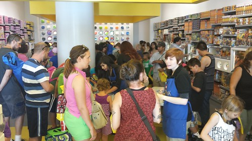 LEGO Store September 2014 Monthly Mini Build Event