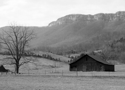 A rustic farm near Cumberland Gap