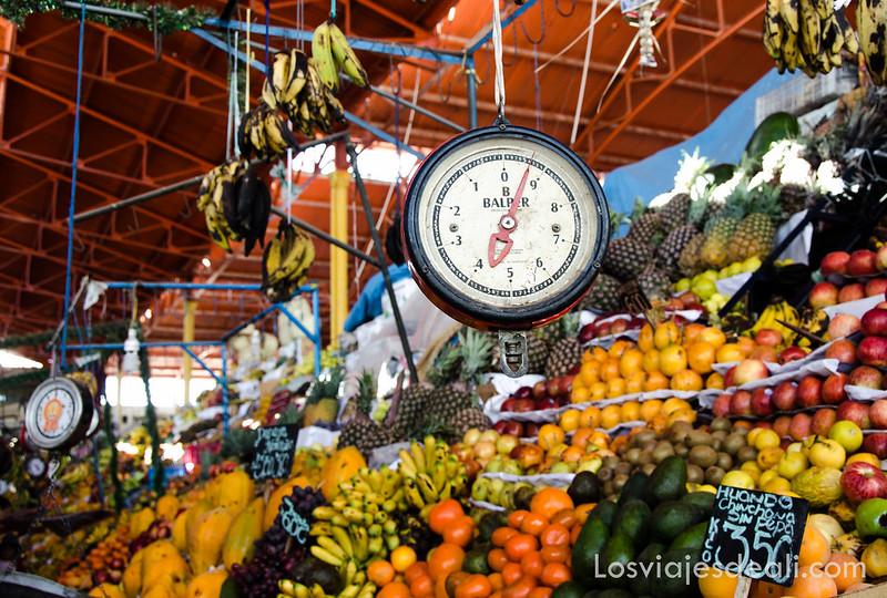 Arequipa mercado de San Camilo