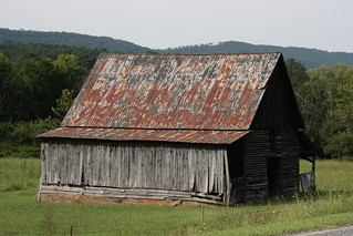 Old Barn With Rock City Advertisement / P2013-0902D156