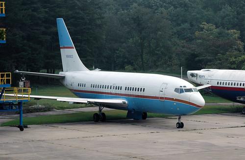 Cleveland Cavaliers  Boeing 737-291 N583CC