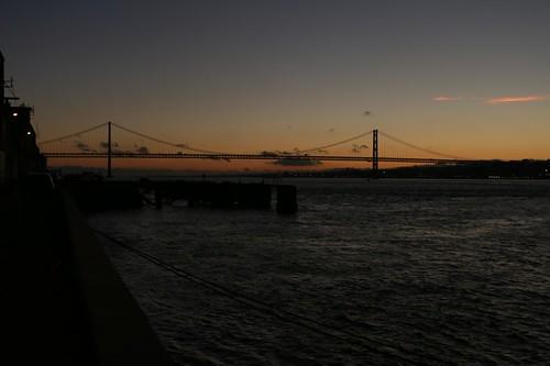 Cachilas: vista del ponte al tramonto