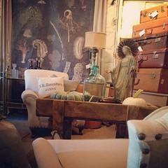 We're open this Fri/Sat/Sun #chartreuseandco #vintagedecor #barnsale #wallart #vintagesuitcase #greatchair