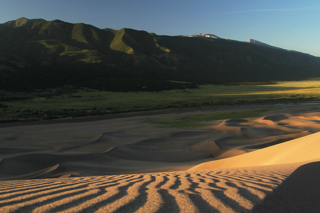 14406135568 88d310d393 z Great Sand Dunes National Park: Dunes at Sunrise