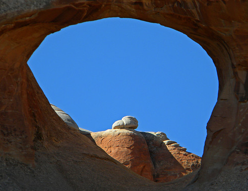 Tunnel Arch in Arches National Park, Utah, USA