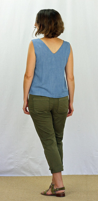 Grainline Scout Tank in Rayon Chambray