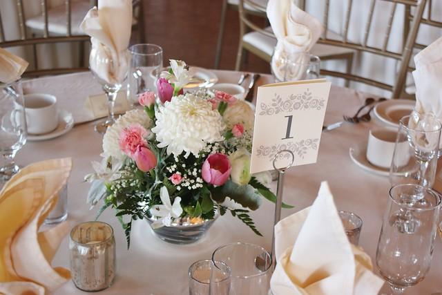Diy wedding flowers centerpieces cake decor wedding wednesday 14955857846d23e9b7c0bzg solutioingenieria Gallery