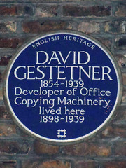 Photo of David Gestetner blue plaque