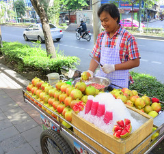 Fresh pomegranate juice for sale
