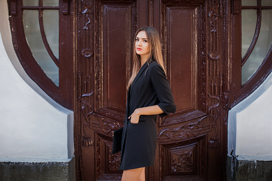 blazer-dress-nika-huk-fashion-blogger-ukraine