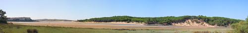 Ría de Mogro, Panorama